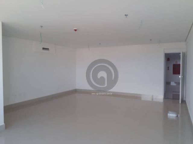 Vendo sala comercial nova edificio sb medical, com 1 vaga de garagem - Foto 2