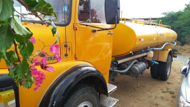 Vendo caminhões no pipa ou no chassis - Foto 8