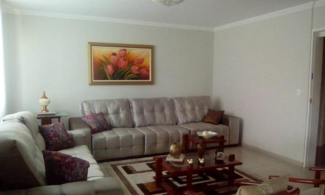 Apartamento com 3 dormitórios para alugar, 200 m² por R$ 5.000/mês - Boa Vista - Recife/PE