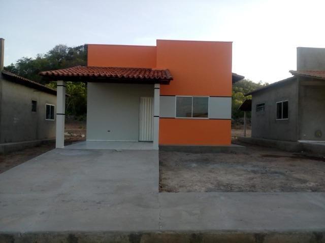 Casas no centro de Altos- Piauí, com 2 quartos, cozinha, terraço, sala, garagem