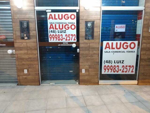 Alugo excelente sala comercial térrea na rua geral da agrônomica - Foto 18