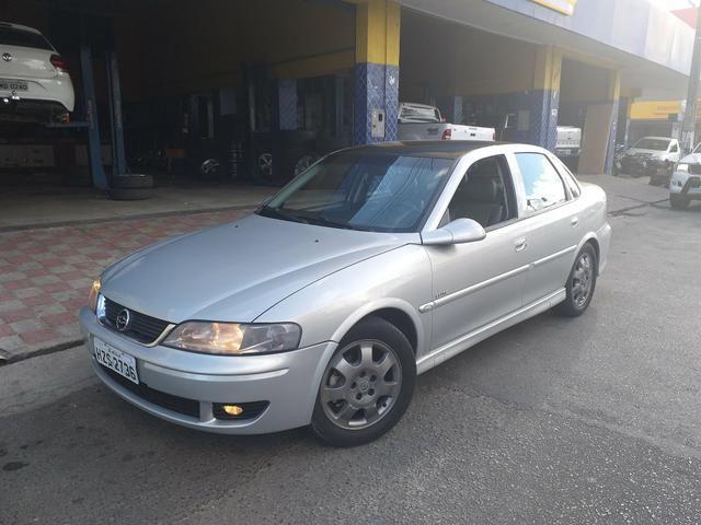 Vectra 2.2 elite automático 2005 a relíquia de Sergipe