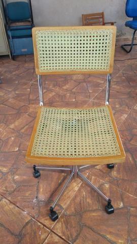 Cadeira giratória pra PC