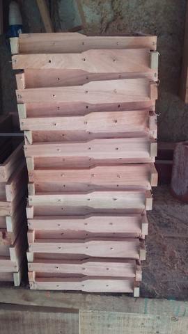 Caixilhos para caixa de abelha