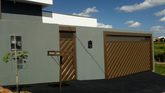 Casa no Interior ,Presidente Prudente Vendo ou Troco por Apartamento na Praia