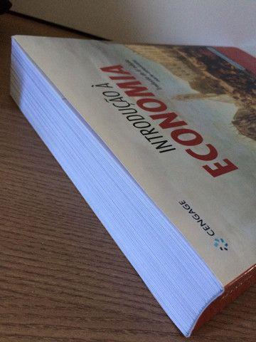Livro INTRODUÇÃO À ECONOMIA - N. Gregory Mankiw - Foto 2