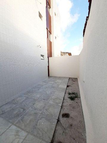 Apartamento no Cristo, 52m2 + quintal, 2 quartos  - Foto 5