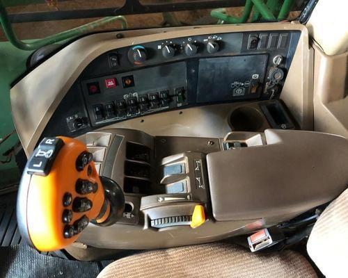 Pulverizador autopropelido  - Foto 4