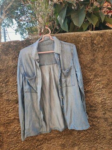 Jaqueta jeans usada, tamanho M - Foto 2
