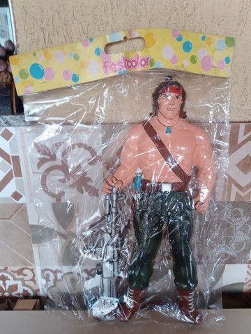 Boneco Rambo gigante 53 cm