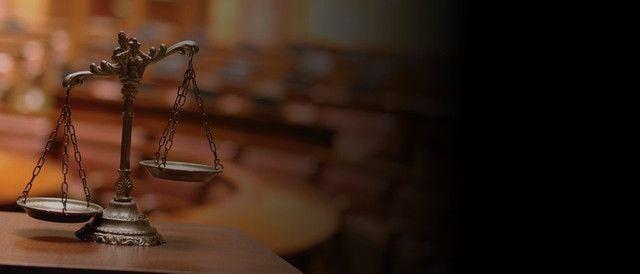 Advogados com 16 Anos de Experiência