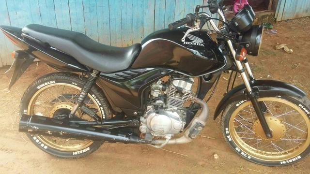 Moto fan 125 , moto de brasileia