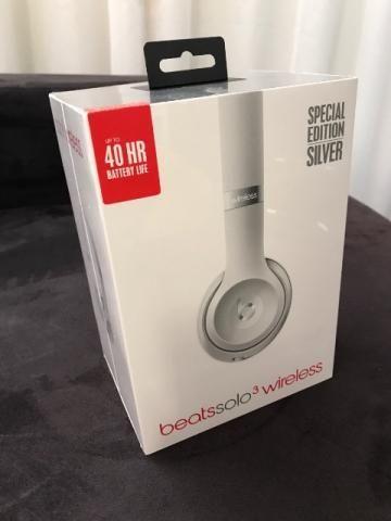 Fone De Ouvido Beats Solo 3 Wireless Special Edition Silver