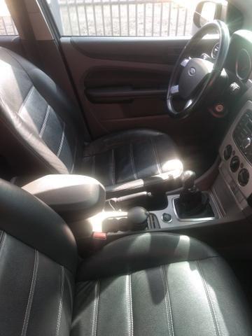 Focus 1.6 Hatch - Foto 3