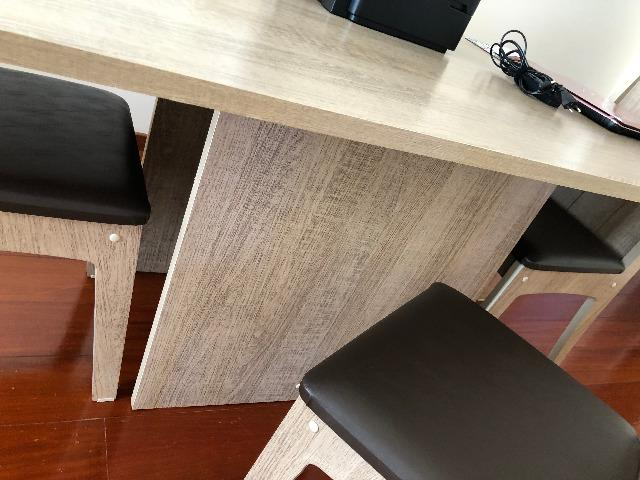Mesa de Jantar com 4 Cadeiras Novíssima - Foto 4