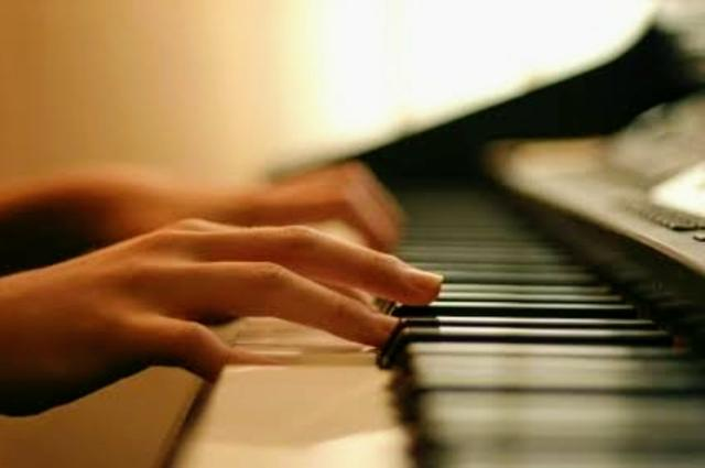 Aulas de música em domicílio para todas as idades! - Foto 6