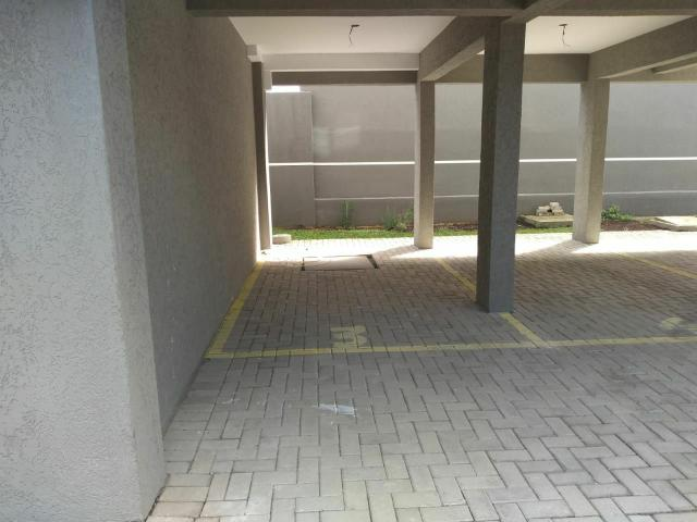 ///Apartamento pronto , 02 Quartos,  sacada, piso , vaga coberta.  Aceita veículo.   - Foto 4