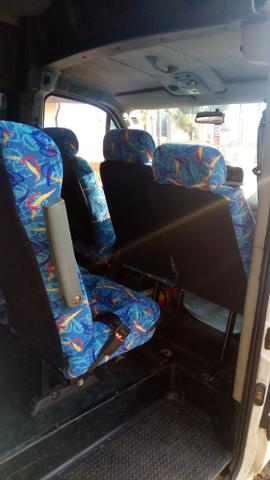 Vendo Van com linha escolar em Valinhos - Foto 5