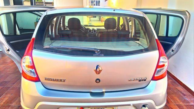 Renault Sandero - carro de mulher - Foto 2