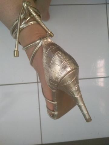 Sandália salto alto - Foto 3