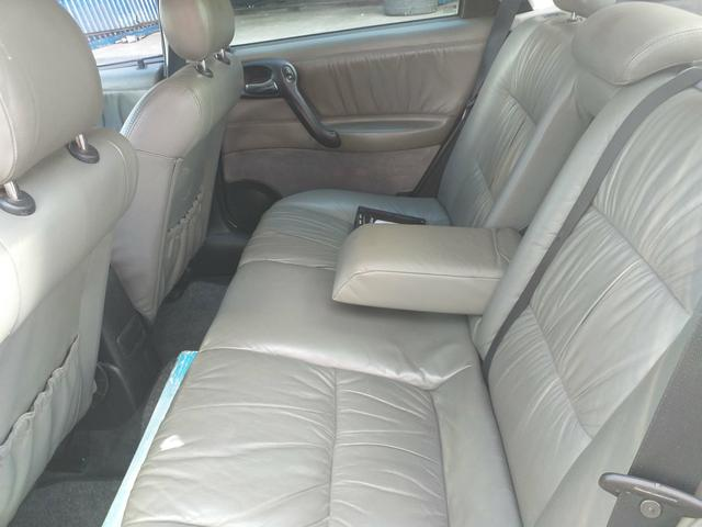 Vectra 2.2 elite automático 2005 a relíquia de Sergipe - Foto 13