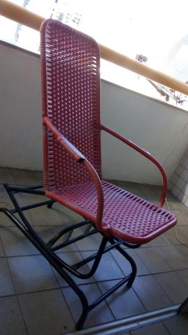 Cadeira de balanço semi nova. 3 meses de uso