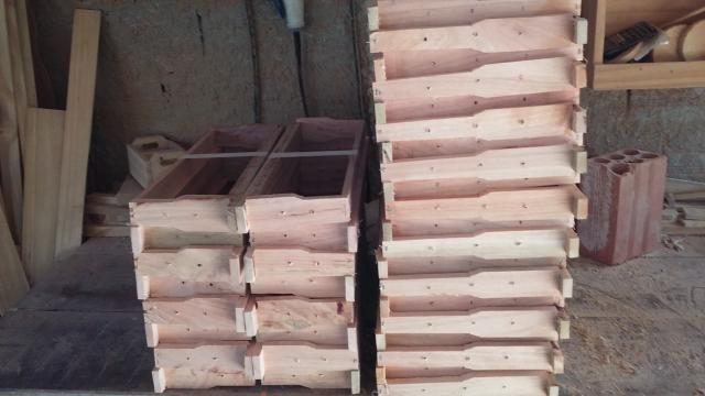 Caixilhos para caixa de abelha - Foto 2