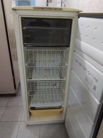 Freezer Consul Pratice 240 vertical - Foto 6