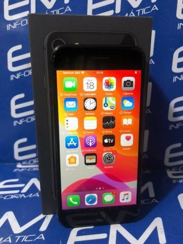Apple IPhone 8 64GB Preto - Seminovo - Com Garantia - loja Niterói - Foto 2
