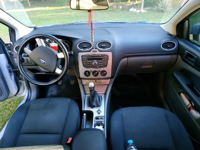 Ford Focus 1.6 GLX 2011 - Foto 8