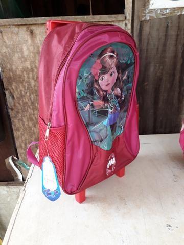 Vendo mochilas com rodinhas - Foto 2