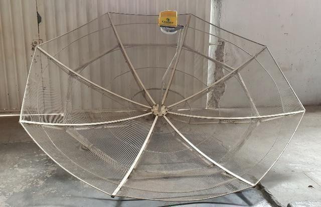 Antenas Parabólicas em perfeito estado - Foto 3