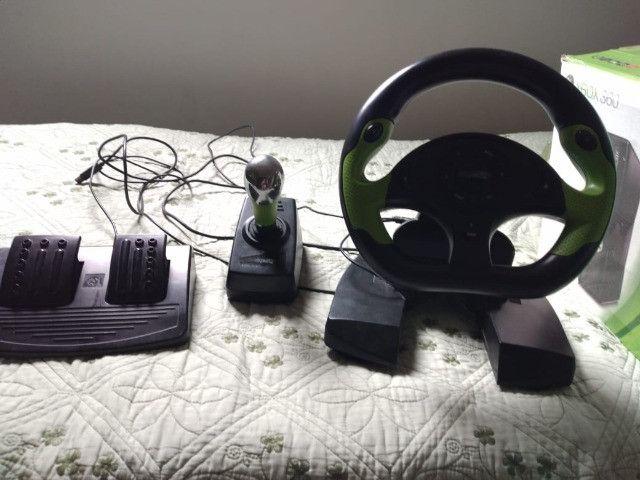 Xbox 360 pouco uso com defeito no leitor mais Kinect e acessórios - Foto 6