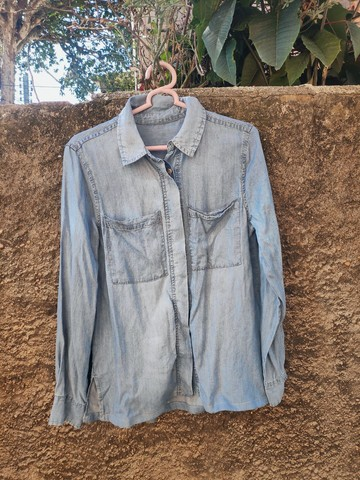 Jaqueta jeans usada, tamanho M