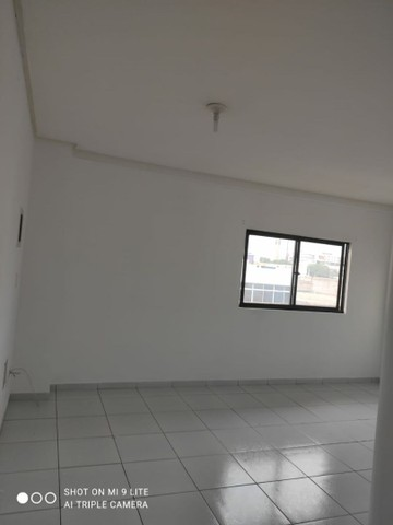 Aluga-se apartamento no centro de Petrolina - Foto 6