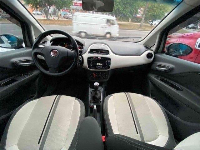 Fiat Punto 1.6 Essence  - Foto 12