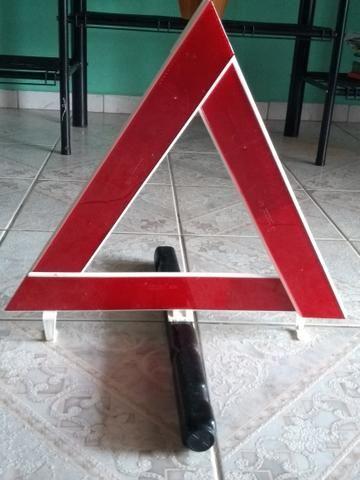 Triângulo sinalização d carro