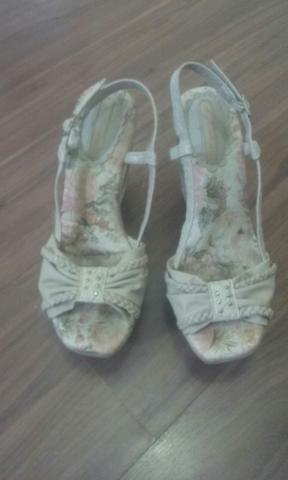 Sapato floriado n 35