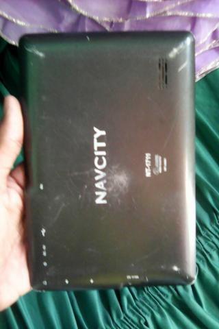 Vendo tablet com trinco na tela 40 reais