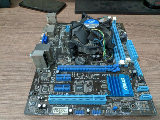 Kit Asus P8h61 + i3 3220 + cooler box