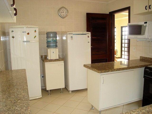 Residência em Itapoá ,5q.(4suítes), hidro, snooker, wifi,60m do mar, monitoramento 24h - Foto 18