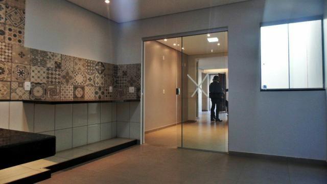 Magnifico sobrado moderno! 04 quartos, 02 suítes, espaço verde! - Foto 14