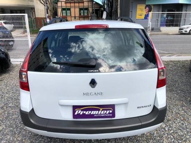 Renault Megane Grand Tour Dynam. Hi-Flex 1.6 16V - Foto 5