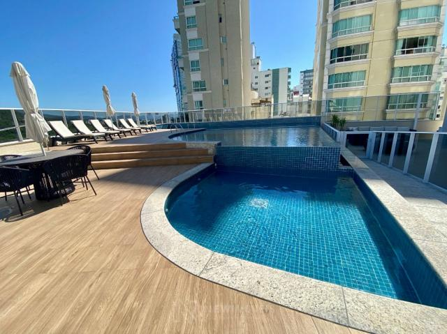 Apartamento com 4 Suítes e 3 Vagas Quadra do Mar Balneário Camboriú