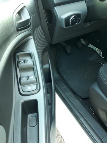 Ford Ka + 1.5 Sedan 2015 Completo!! - Foto 12