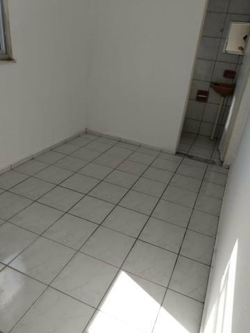 Apartamento na tabuba Pecém 80m2 com piscina - Foto 6