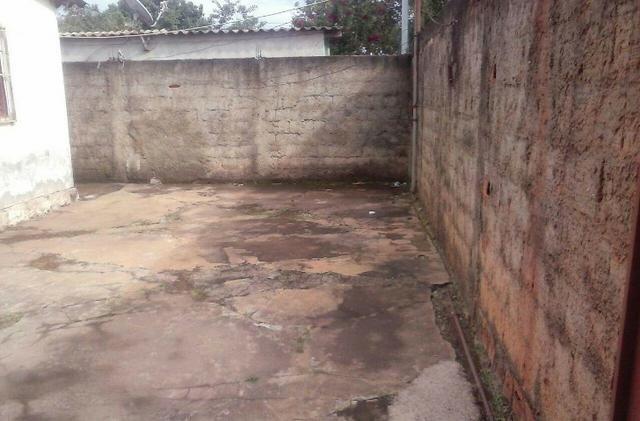 Casa com barracao em aparecida de goiania - Foto 2