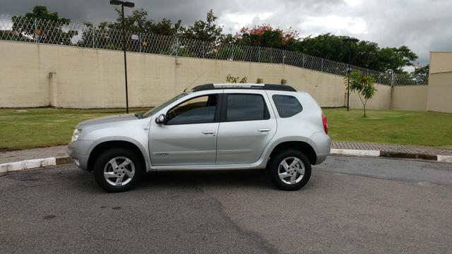 Renault Duster 1.6 flex ano 2014 - Foto 2