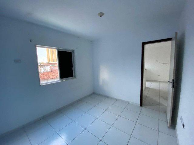 Aluga-se apartamento tipo Kitnet no Pitimbu - Foto 6