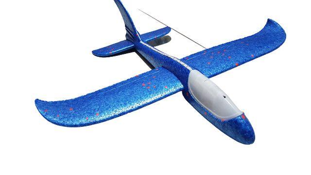 Avião De Brinquedo Planador Isopor Flexível Com Luz Leds